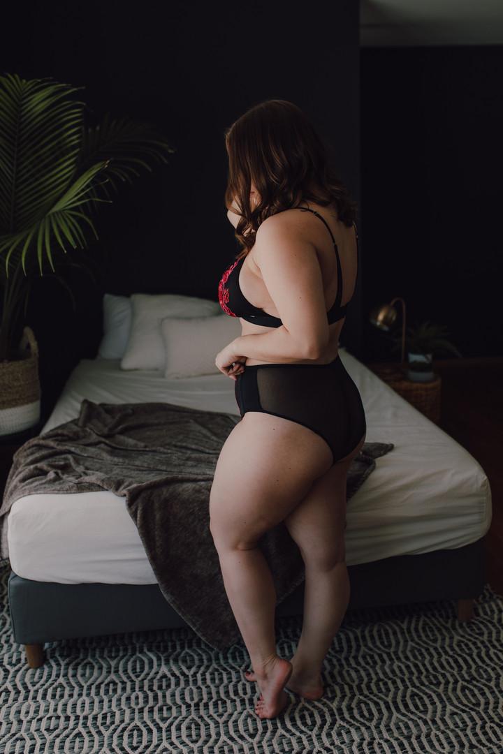 winnipeg boudoir photographer-7323.jpg