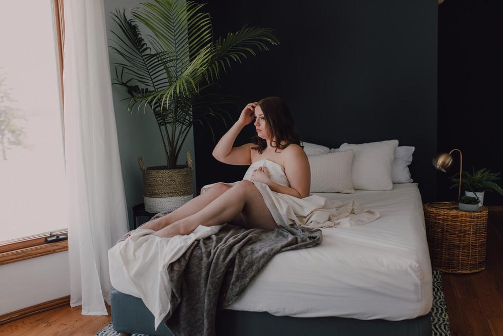 winnipeg boudoir photographer-7364.jpg