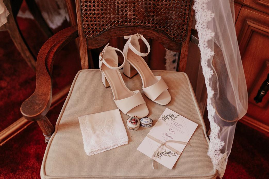 Winnipeg Wedding Photographer Krista Hawryluk