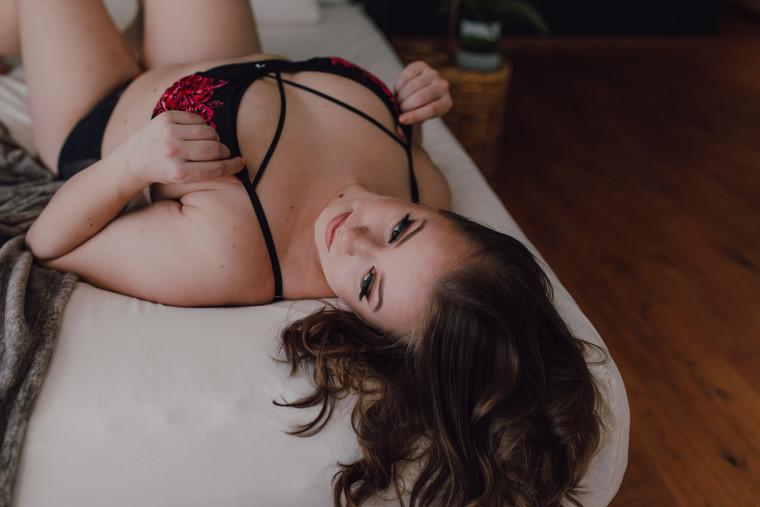 winnipeg boudoir photographer - krista h