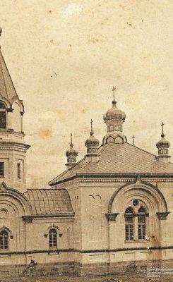 1916年 成聖された二代目聖堂.jpg