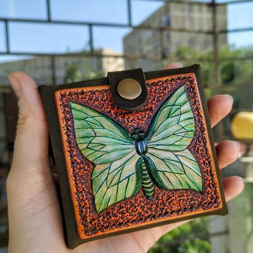 Монетница с зелёной бабочкой