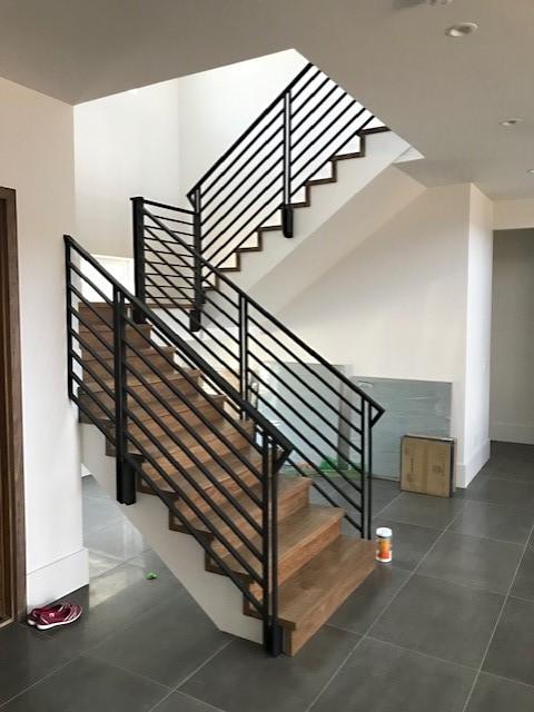Horizonal Stair Rod Iron