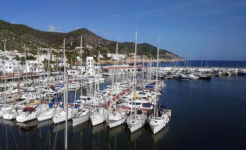 Port_Aiguadolç_desde_mastil.jpg