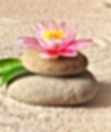 Stones_Water_lilies_zen_Sand_539794_2048