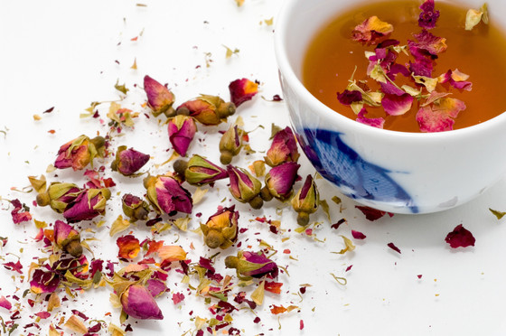 How to manage Period Pains with Chinese Herbal Tea