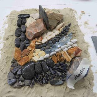 Unser 5. Ausbildungsjahrgang beginnt mit einem Natursteinmosaik
