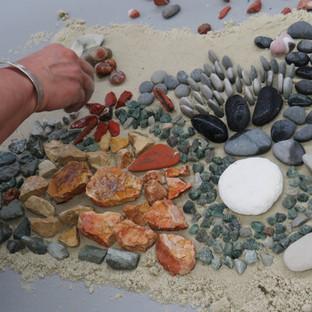 'Zauber des Natursteinmosaiks' – Das Spiel mit den Steinen