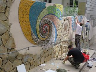 """""""Stadt in Bewegung"""" - Mosaikgestaltungen in Wuppertal-Oberbarmen"""