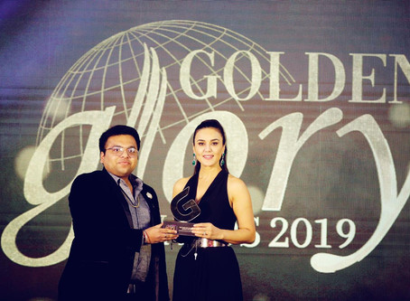 GTIBS - CEO (RAHUL JAIN) AWARDED BY PREITY ZINTA ( Indian film actress and entrepreneur)