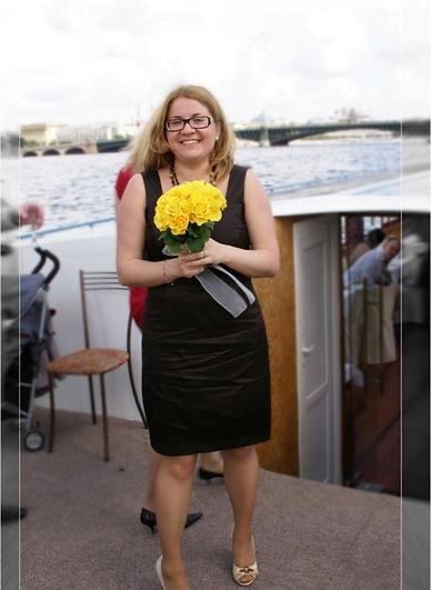 Меня зовут Юлия Гусева. Я сертифицированный психолог, групповой терапевт и бизнес тренер.