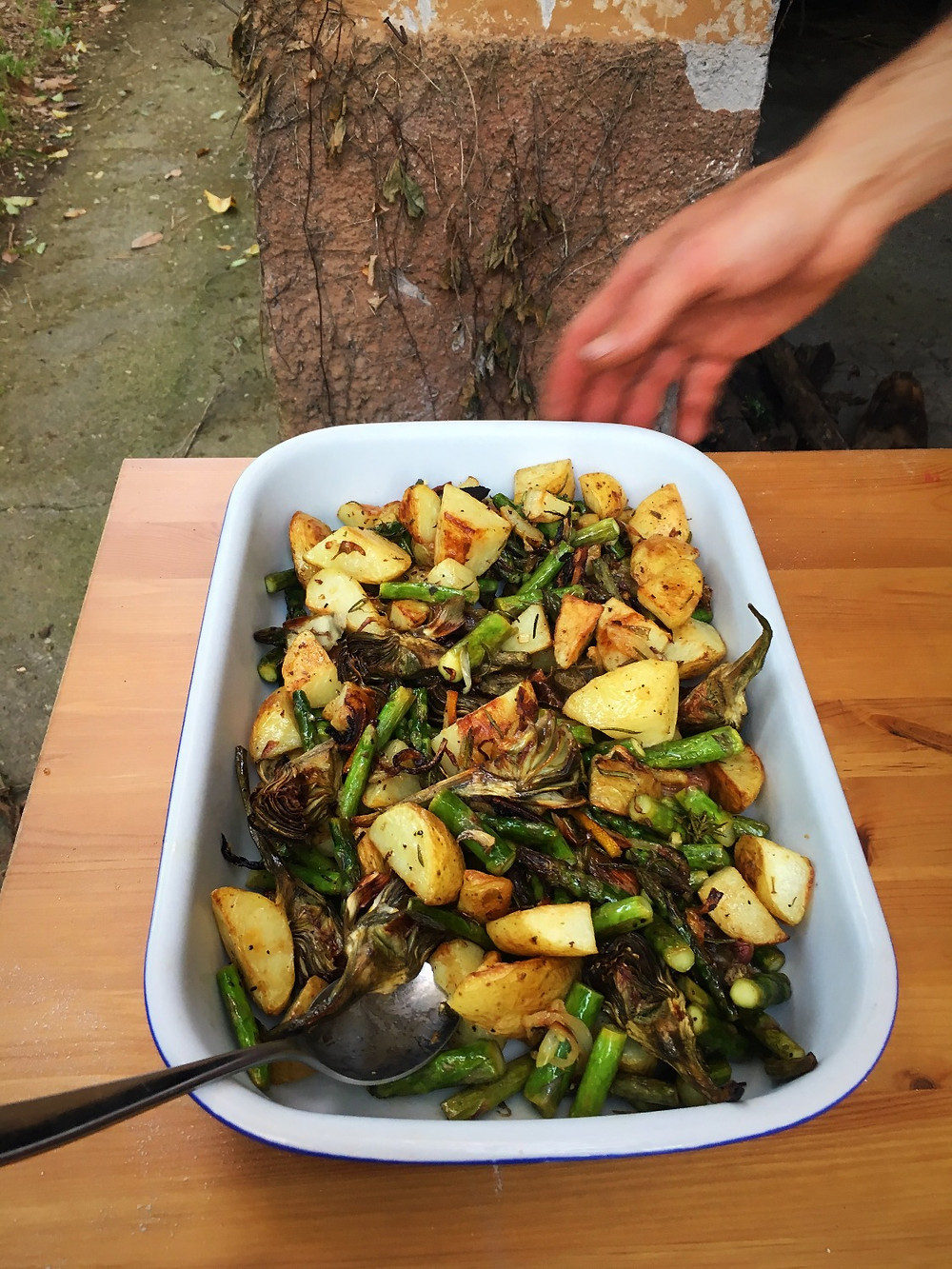 Roasted asparagus and new potatoes