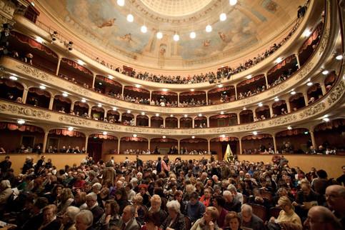 Modena Teatro Storchi - Como Teatro Sociale
