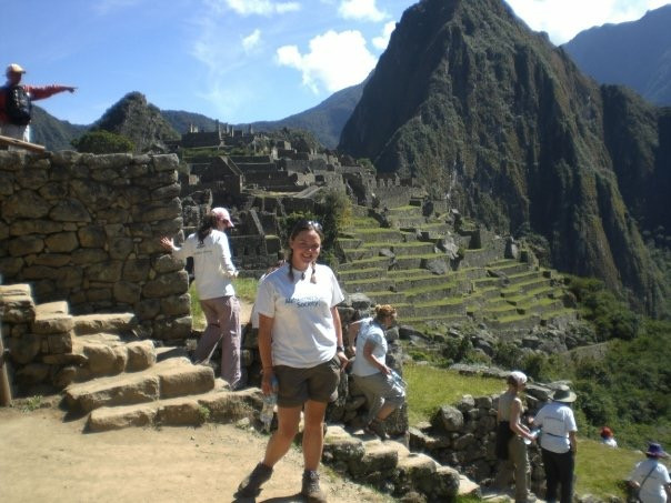 Image of Ceryn Rowntree standing at Machu Picchu.