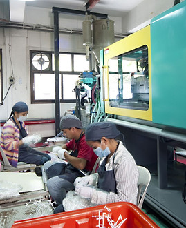 Injection Molding5.jpg