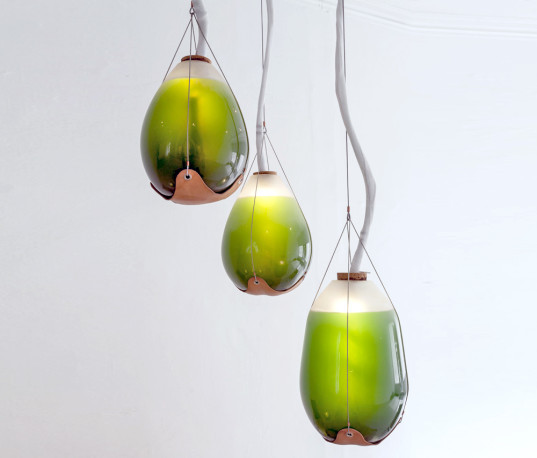Living-Things-Algae-Lamps-537x458.jpg
