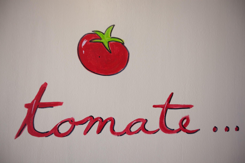 tomate room