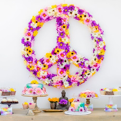 Flower Peace Sign 4'