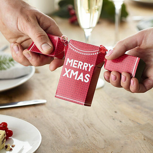 CHRISTMAS JUMPER SHAPED CRACKERS
