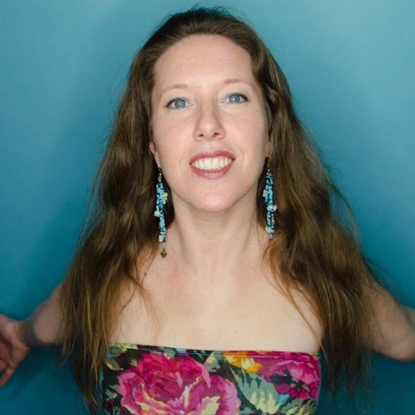 Valerie Bastien, vocal coach. Here to help!