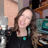 Take your singing lessons in-person or online.