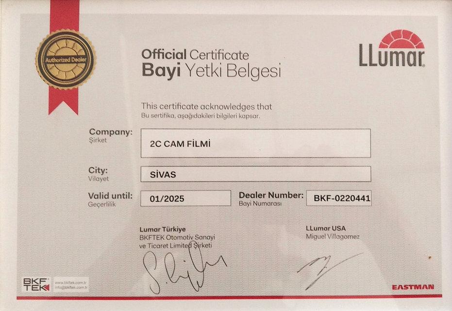 LLUMAR_ Bayi_ 2c_Cam_Filmi.jpg