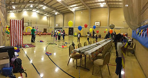 Balloon Decorations for party in Surrey. Punch and Judy kids show