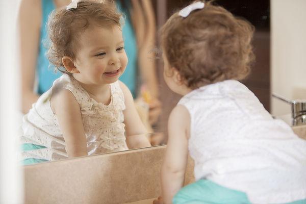 девочка, зеркало