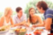 застолье, смех, семейная пара, молодые люди, молодая семья