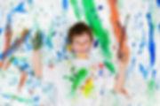 мальчик, краски, кисть, испачканное лицо