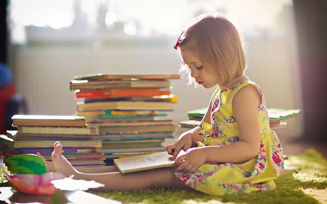 девочка, книги, чтение