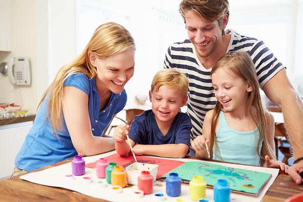 семья, мама, папа, дети, дочь, сын, альбом, рисование, краски
