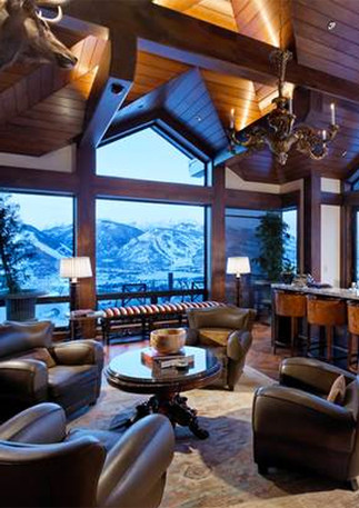 Incredible Mountain Views from Your Windows