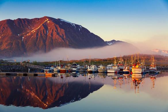 Lofoten Adaları gün doğumu