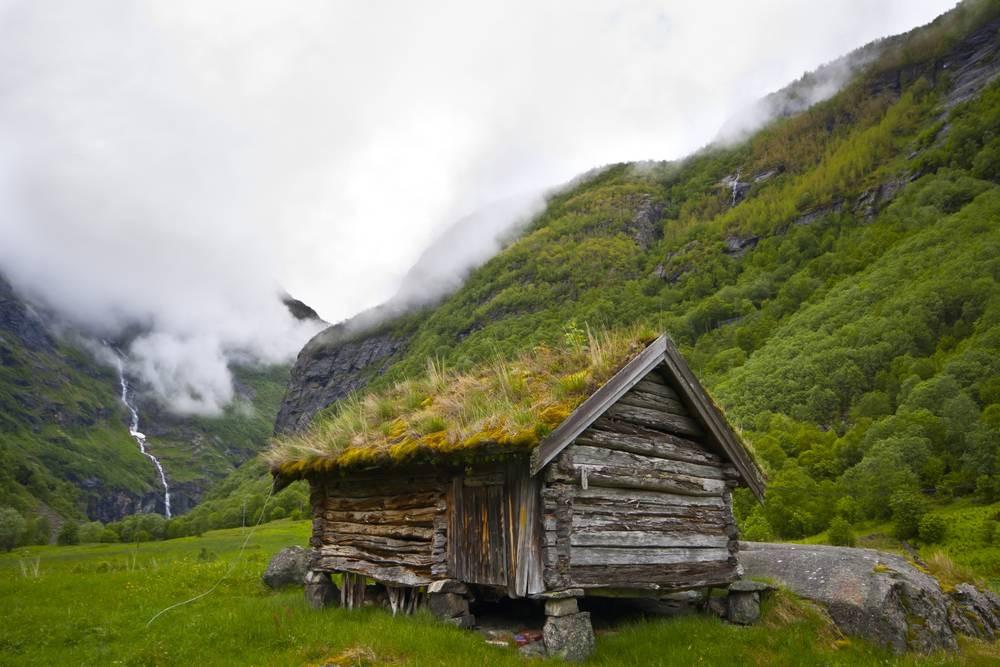 Norveç Dağ Kulübesi