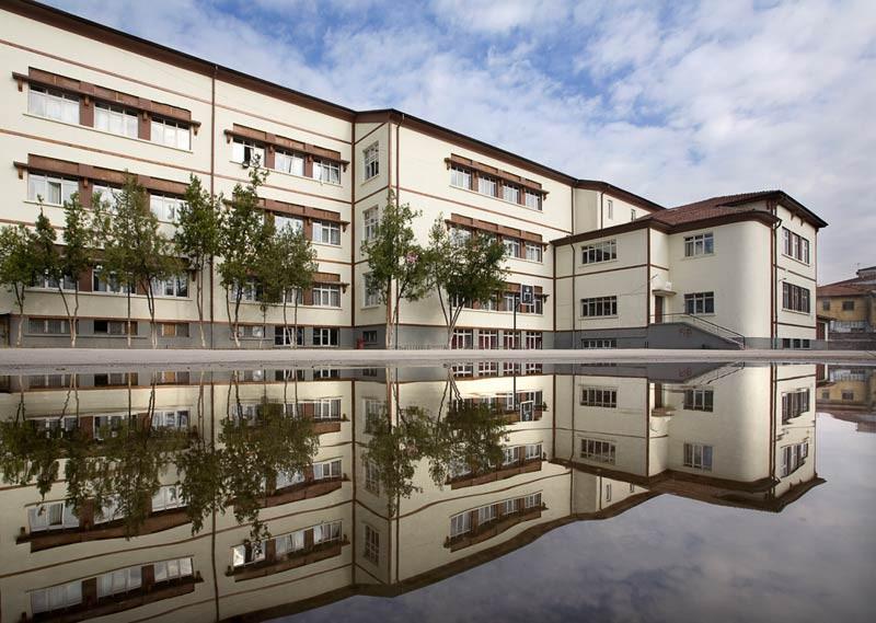 Bruno Taut'un tasarladığı, 1938-39 yıllarında inşa edilen Ankara Cebeci Ortaokulu
