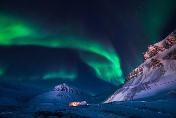 svalbard_northern_lightsjpg