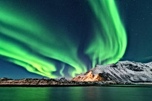 lofoten_northern_lights.jpg