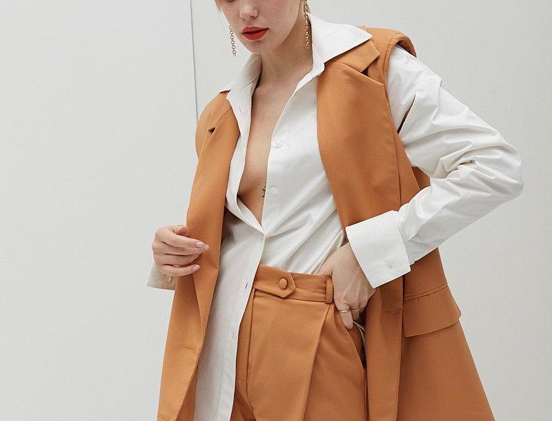Orange breeches