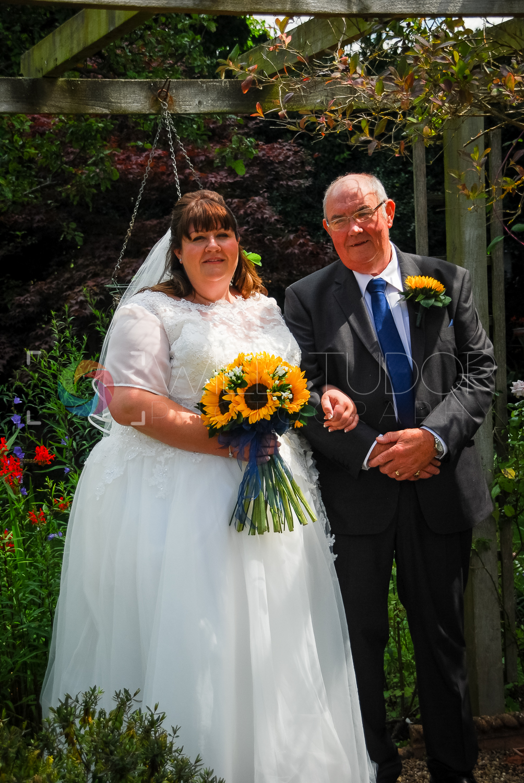 HILL - STANDRING WEDDING 043