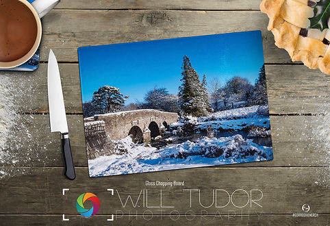 Postbridge Snow Chopping Board Dark Wood
