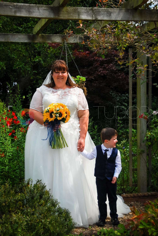 HILL - STANDRING WEDDING 042