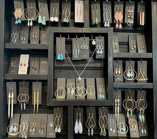 Drift-Jewelry-Wall_edited.jpg