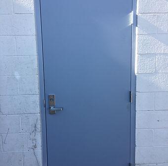 IMG_1329 hollow steel metal industrial handle.JPG
