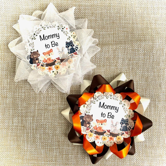 Woodland Mommy to Be Corsage