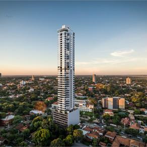 PETRA TOWER: El edificio más alto del país.