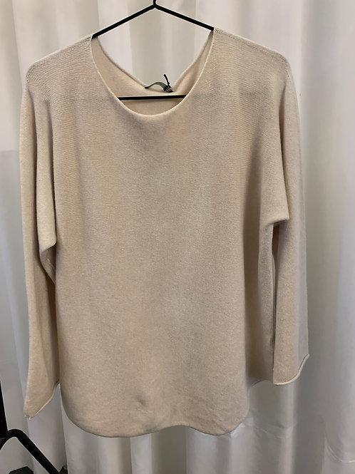 Basic Sweater Ecru