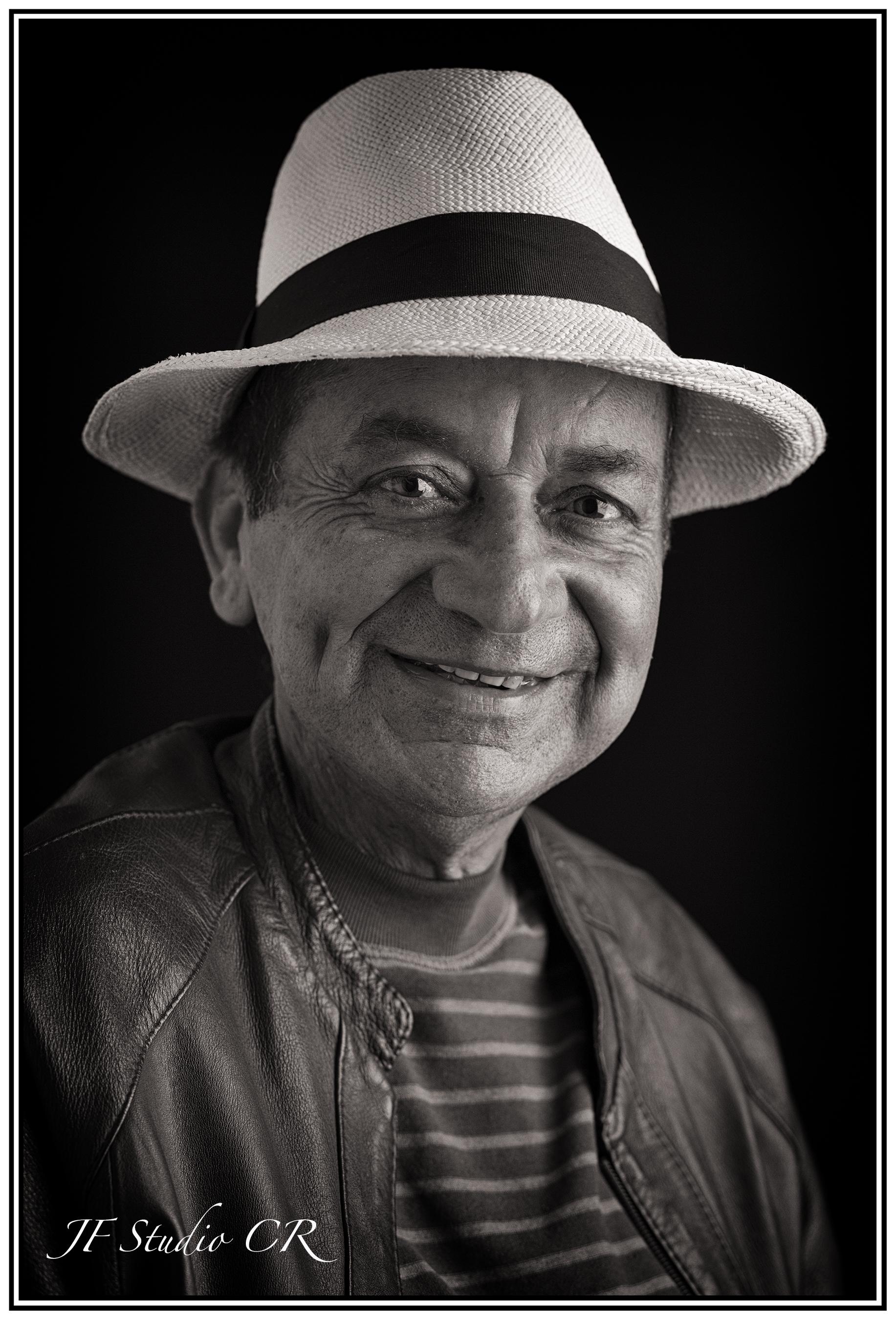 Guillermo Bogantes Historiador