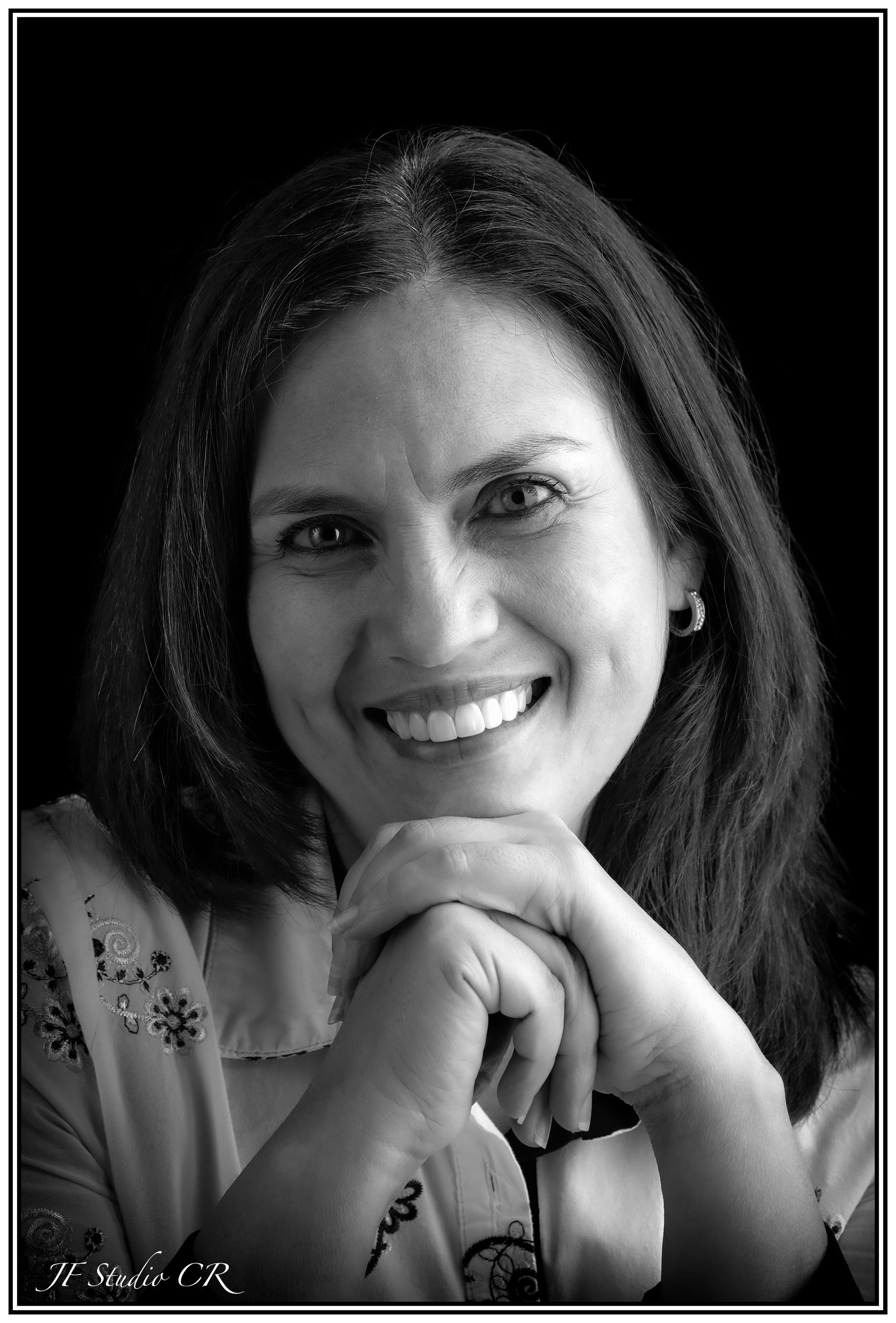 Lizeth Castro Periodista