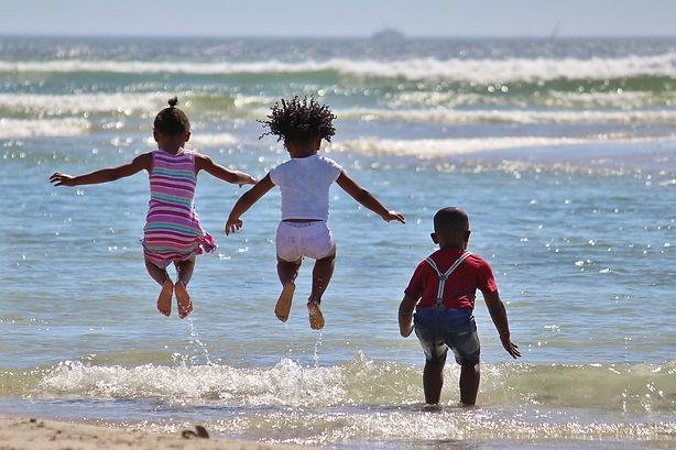 Smithfield summer programs- kids enjoy water